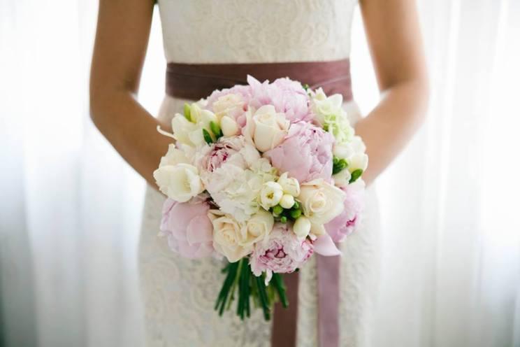 5 consigli per un bouquet da sposa perfetto weddings for Fiori di agosto