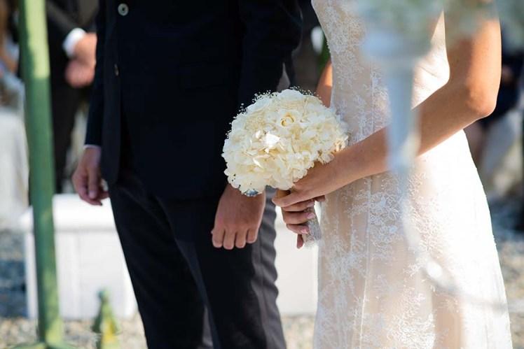 bouquet-fiori-matrimonio-torino-rose-ortensie-9q