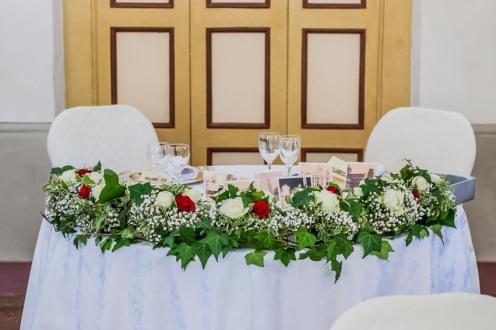 villa-bria-matrimonio-gassino-simmi-fiori-centrotavola-16