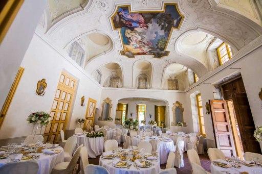 villa-bria-matrimonio-gassino-simmi-fiori-centrotavola-17