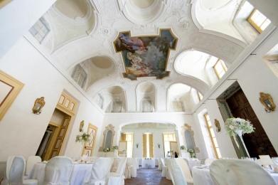 villa-bria-matrimonio-gassino-simmi-fiori-centrotavola-2