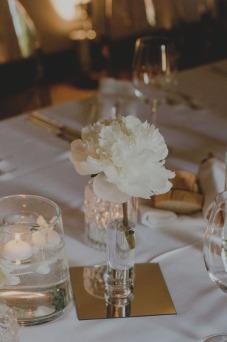 villa-bria-matrimonio-gassino-simmi-fiori-centrotavola-32