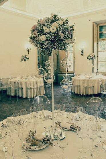 villa-bria-matrimonio-gassino-simmi-fiori-centrotavola-48