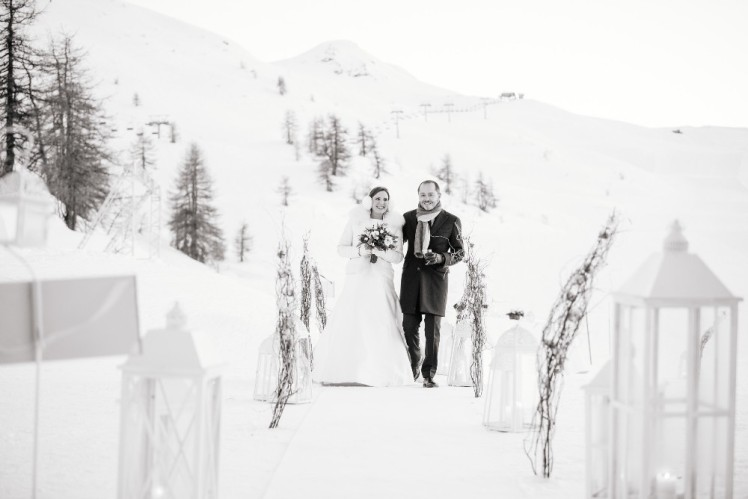 matrimonio-montagna-capanna-mollino-simmi-fiori 44