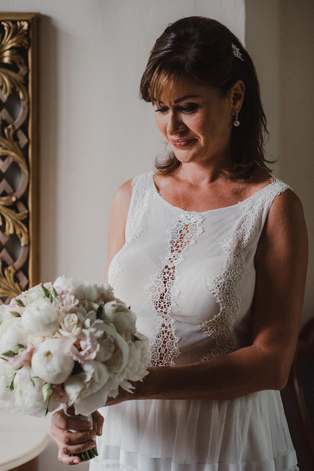 Idee per un bouquet da sposa con le peonie